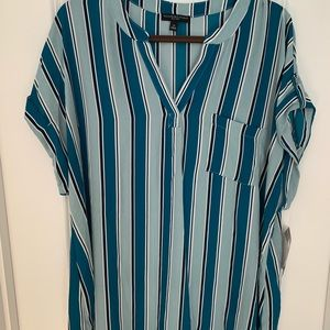 NWT Women's V-neck Striped Tunic Blouse